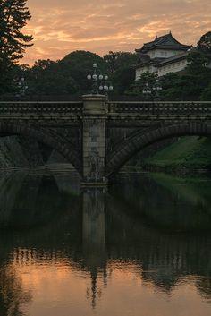 Nijubashi (Double Bridge) Bridge at the Imperial Palace in Tokyo via flickr