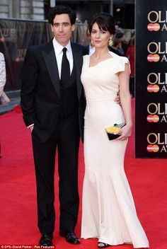 Stephen Mangan & Louise Delamere. Photo: DFS-David Fisher / Rex Features ♡ www.LOVEtheatre.com/news/100453/The-Book-Of-Mormon-Chimerica-win-big-at-2014-Olivier-Awards?sid=PIN