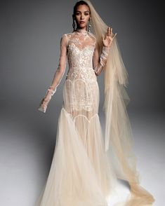 Get inspired and discover Vera Wang Bridal trunkshow! Shop the latest Vera Wang Bridal collection at Moda Operandi. Wedding Dresses Nyc, Wedding Dress Sleeves, Long Sleeve Wedding, Boho Wedding Dress, Designer Wedding Dresses, Bridal Dresses, Vera Wang Wedding Dress Lace, Lace Wedding, Beige Wedding