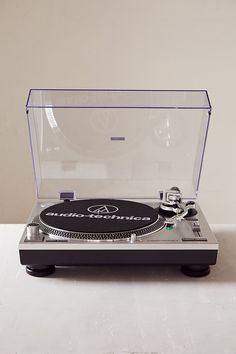 Audio Technica AT-LP120USB Vinyl Record Player - Urban Outfitters