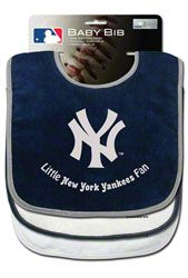 New York Yankees Three Bib Set $19.99 http://www.fansedge.com/New-York-Yankees-Three-Bib-Set-_-1990572901_PD.html?social=pinterest_pfid22-50984