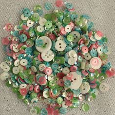 Bulk Buttons, Buttons For Sale, Button Art, Button Crafts, Bead Crafts, Paper Crafts, Diy Craft Projects, Diy Crafts, Shaker Cards