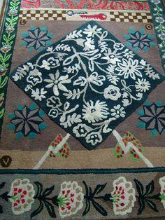 plus de 1000 id es propos de tapis tapisseries sur pinterest persique tapis et tapis. Black Bedroom Furniture Sets. Home Design Ideas