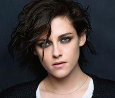 Kristen Stewart a été choisie par Chanelour incarner sa nouvelle fragrance, Gabrielle Chanel