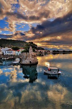 Περπατήστε στα ιστορικά σοκάκια της Ναυπάκτου #Nafpaktos #Greece #traveltoGReece