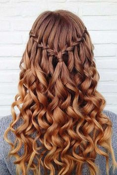 Cool Hairstyles This is one of the cutest half up half down hairstyles for long hair!Cool Hairstyles This is one of the cutest half up half down hairstyles for long hair! Grad Hairstyles, Down Hairstyles For Long Hair, Cute Hairstyles For Teens, Easy Hairstyles, Wedding Hairstyles, Hairstyle Ideas, Teenage Hairstyles, Simple Homecoming Hairstyles, Dance Hairstyles