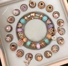 Pandora Heart Bracelet, Pandora Jewelry, Indian Jewelry Sets, My Gems, Piercings, Fashion Wall Art, Fantasy Jewelry, Bracelet Designs, Cute Jewelry