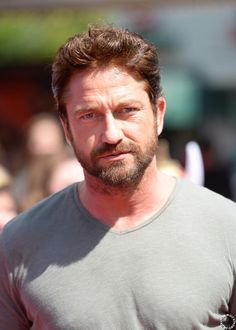 HQ Gerard Butler attends premiere of How to Train Your Dragon 2 in L.A. on June 8, 2014 #HTTYD2
