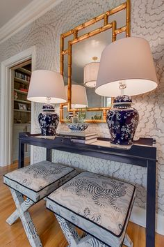 Feather Bloom Wallpaper in Two Blues with Stools in Clarence House Tibet Foyer Decorating, Interior Decorating, Interior Design, X Bench, Benches, Lampe Decoration, Clarence House, Bench Designs, White Decor
