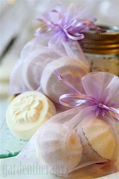DIY Bath Bombs by gardentherapy.ca