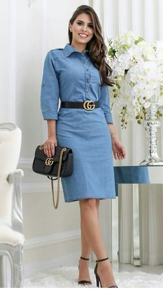 ♣ * pretty style of the fashion.Pinned onto 2018 winter outfits Board in 2018 winter outfits Category Modest Outfits, Classy Outfits, Modest Fashion, Skirt Fashion, Casual Dresses, Fashion Dresses, Work Outfits, Mode Jeans, Denim Outfit