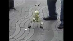 """Скелет ТанцуетPart4.под Легендарную""""Let's Twist Again""""▼ClickToShare▼"""