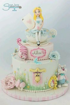 Beautiful Cake Pictures: Pretty Pastel Alice in Wonderland Cake - Birthday Cake, Colorful Cakes, Themed Cakes - Alice In Wonderland Cakes, Alice In Wonderland Birthday, Wonderland Party, Mad Hatter Cake, Disney Cakes, Novelty Cakes, Girl Cakes, Cute Cakes, Cake Creations