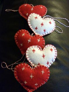 I have been playing with some of Annie's gorgeous felt this week and made some simple Christmas decorations     I stuffed them lightly with ...