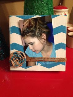 Turquoise and White Chevron Rustic Wood Photo Frame with Burlap Flower (Turquoise) on Etsy, $15.00