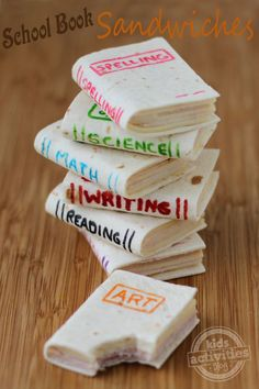 School Book Sandwiches - These tiny little books are so cute and  easy to make. Great for school lunch boxes or a perfect healthy snack to bring to your kid's classroom. They can also be personalized for any occasion. Add the name of your child's favorite book for a book themed birthday party or just for lunch.