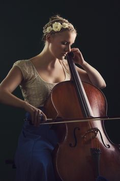 ♫♪CELLO♫ ♥.....La música es el corazón de la vida. Por ella habla el amor; sin ella no hay bien posible y con ella todo es hermoso. Franz Liszt