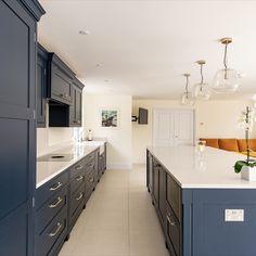 Bespoke Kitchen Projects in Kent, London, Essex, Hertfordshire and Surrey Open Plan Kitchen Living Room, New Kitchen, Kitchen Decor, Shaker Kitchen, Kitchen Ideas, Dark Blue Kitchens, Bright Kitchens, Blue Kitchen Cabinets, Kitchen Island