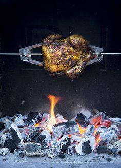 Grillaustrendit 2021 – nämä lihat ja kalat tirisevät grillissä - Kotiliesi.fi Turkey, Dishes, Chicken, Food, Turkey Country, Tablewares, Essen, Meals, Yemek