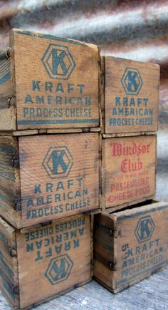 Wood Box Collection of 6 Antique Wood Boxes Wooden Cheese Box Wood Crate Rustic Disp… Vintage Wooden Crates, Old Wooden Boxes, Old Crates, Old Boxes, Vintage Box, Wine Crates, Old Baskets, Crate Shelves, Repurposed Items
