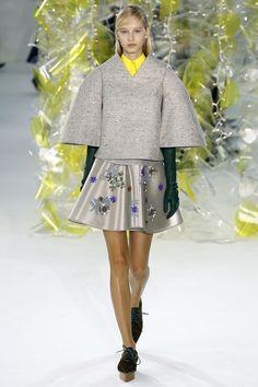 Delpozo Fall 2016 Ready-to-Wear Fashion Show - Nastya Summer Kulemina