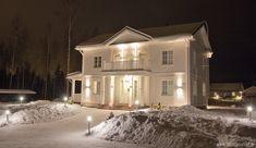 Esittelyssä: Valkoinen Aurora - Talosanomat Sweden House, House Layouts, House Goals, Home Fashion, My Dream Home, Future House, Sweet Home, Exterior, House Design