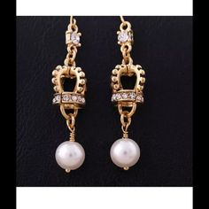 NEW Gold crown Pearl dangle earrings Betsey Johnson s crown pearl pendant earrings # G222  100% new and high quality   Earring Size: 5.5cm  Material:  alloy, rhinestones  Suitable for any color or style of clothes Sandra's Treasures Jewelry Earrings