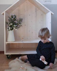 "29 oznaka ""sviđa mi se"", 7 komentara – Pikihut (@pikihut) na Instagramu: ""Back to kindergarten ♡♡ . . . #kidsfurniture #minimaldesign #wood #kidsaccessories #kidstoys…"""