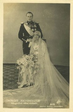 King Olav V of Norway, while still Crown Prince, with his new bride, Princess Martha of Sweden. Martha was the daughter of his paternal aunt, Princess Ingeborg of Denmark and, therefore his 1st cousin. Sadly, Martha would never be Queen of Norway. She died of cancer, 3 years before Olav became King.