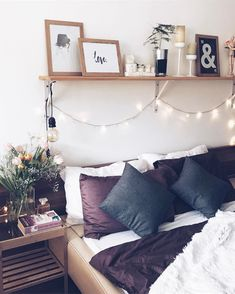 543 Likes, 10 Comments - Katerina Eminovic 🇧🇬 Cozy Bedroom, Dream Bedroom, Bedroom Decor, Master Bedroom, Urban Rooms, Ikea, Cute Bedroom Ideas, Home Comforts, Little Houses