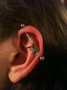 ear cuff, accesories, and gun image
