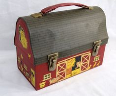 This cute dome top barn lunch box was made by American Thermos. It has open barn doors and farm animals on all sides. It measures long, 4 wide and 7 high. It has a few dents that co Vintage Lunch Boxes, Vintage Tins, Vintage Metal, Vintage Stuff, School Lunch Box, School Days, Metal Lunch Box, School Items, Childhood Days