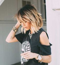 Love this cut. Not sure if my fine hair would look as good. Love this cut. Not sure if my fine hair would look as good. Love this cut. Not sure if my fine hair would look as good. Medium Hair Styles, Short Hair Styles, Thin Fine Hair Styles, Thin Hair Styles For Women, Bob Styles, Hair Color Balayage, Short Balayage, Balayage Highlights, Dark Roots Blonde Hair Balayage