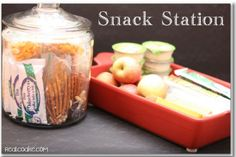 Ideas for healthy snacks for kids as well as storage solutions and organization ideas. #RealCoake #Organizing #Snacks #Healthy #Kids