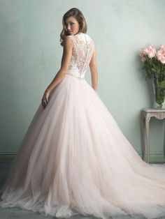 Allure Bridals : Allure Collection : Style 9162 : Available colours : White/Silver, Ivory/Silver, Champagne/Ivory/Silver (back)