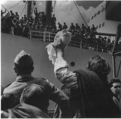 Partida de tropas para o Ultramar, Lisboa, 1961. Eduardo Gageiro