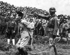 Unidentified senior Japanese officer is shot by Chinese executioner (This is not General Tani Masuo,  as originally posted,the man who oversaw the Nanking Massacre, and was executed in March 1947 after being found guilty of war crimes by the war tribunal set up by Chiang Kai-shek. Masuo's executioner was a Chinese veteran who survived the Battle of Nanking.)