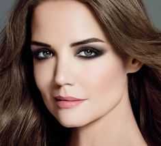 Best Lip Colours to Pair Up with Smokey Eyes 4