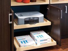 Caisson de cuisine avec plateaux coulissants pour cacher imprimantes, scanner etc dans le salon