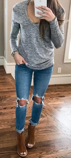 ootd: top + ripped jeans