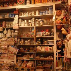Au petit bonheur la chance – 13 rue Saint Paul – 75004 Paris Craft Shop, Craft Stores, Mercerie Paris, Deco Paris, Paris Paris, Paris Crafts, Haberdashery Shop, Basement Inspiration, Paris Shopping
