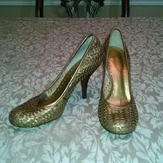Bcbg heels Really cute leather woven style bcbg heels. . Color is gold and they are awesome!!! In great condition. Heel is 2.5 inches BCBGirls Shoes Heels