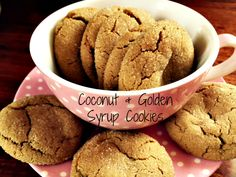 Coconut & Golden Syrup Cookies: made with coconut oil instead of butter, these are crisp on the outside with a delicious chewy centre Coconut Cookies, Baking Cookies, Biscuit Cookies, No Bake Cookies, Yummy Treats, Yummy Food, Yummy Recipes, Donna Hay Recipes, Quick Cookies