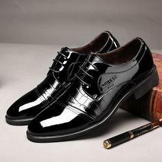 b452f7e1424 ... limitado Básica 2 Cores Disponíveis Tamanho 39 44 Dos Homens Sapatas de  Vestido Do Escritório Do Vintage Homem moda Chaussure Homme em Sapato social  de ...