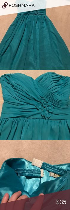 Your Dress homecoming dress💕 Turquoise dress• zip up back• strapless• built in bra• 100% polyester with overlay• your dress Dresses Prom