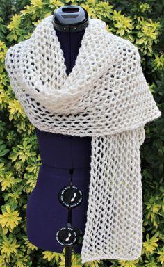 Écharpe fait main, étole tricot dentelle, tour de cou snood, foulard laine  alpaga, cache cou, écharpe ajourée, col écharpe écru naturel e4f5566bdf8