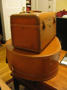 1940s Samsonite Travel Make-Up Case and Hat Case in Tan Leather. $100.00, via Etsy.