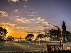 Kamuela, Hawaii: Mauna Kea Beach Hotel Seaside Tennis Club