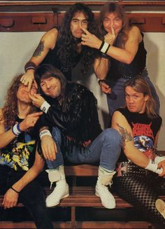 ImageFind images and videos about iron maiden, Bruce Dickinson and steve harris on We Heart It - the app to get lost in what you love. Bruce Dickinson, Avenged Sevenfold, Beatles, Iron Maiden Band, Heavy Metal Bands, Rockn Roll, Thrash Metal, Rock Legends, Punk