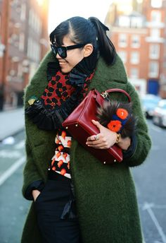 The coat, the Kelly, the bag bug. MAJOR.